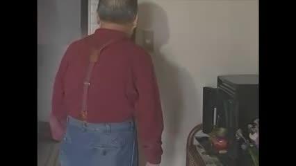 (ヒトヅマムービー)(ヒトヅマムービー)隣に住んでる爺さんを性処理具にしてしまういけないヒトヅマ